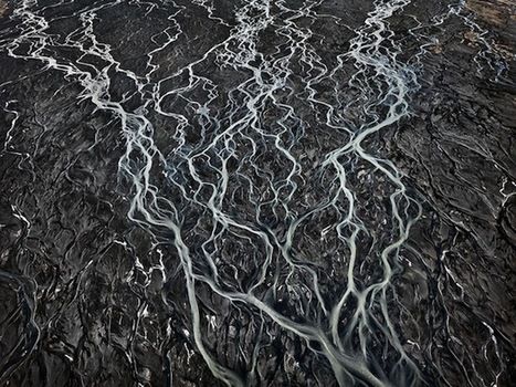 Water: Amazing Aquatic Landscapes Shot from the Air by Edward Burtynsky - PetaPixel | Planet Earth | Scoop.it