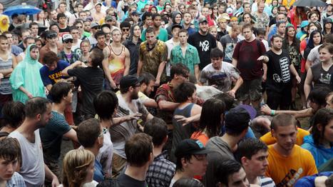 Mosh Pit Math: Physicists Analyze Rowdy Crowd | Archivance - Miscellanées | Scoop.it