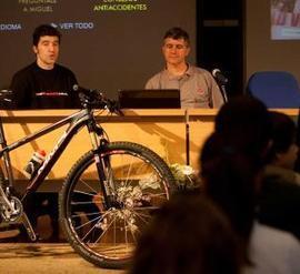 El respeto hace la bicicleta más segura - La Nueva España   DESCENSO MTB-BTT   Scoop.it