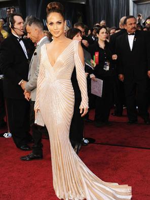 Paris Haute Couture Fashion Week : Zuhair Murad Praises Jennifer Lopez's ... - Hollywood Reporter | Jennifer Lopez Fashion Icon - ENGCMP1150 | Scoop.it