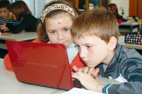Un tableau numérique et des ordinateurs à l'école - Sud Ouest   Sciences Numériques de l'éducation   Scoop.it