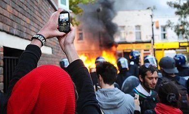 200 most influential Twitter users during the riots: are you on the list? by Lisa Evans | Twit4D | Scoop.it