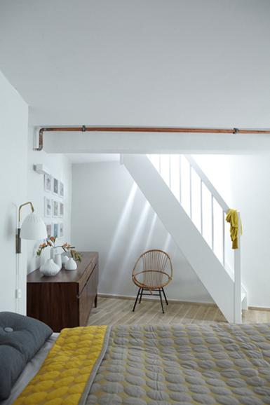 Des touches rétro et féminines pour un appartement moderne | décoration & déco | Scoop.it