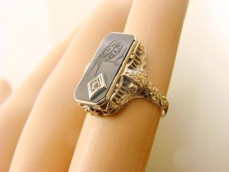 Art Deco 10K White Gold Diamond Black Onyx Ring / Carved Love Birds / Repousse / 2.8 Grams / Antique Jewelry / Jewellery   Beautiful Jewellery   Scoop.it