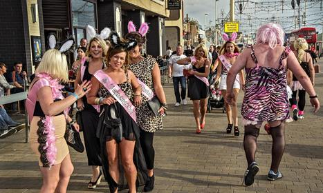 Glory of the gutter: Dougie Wallace's photos of Blackpool stag and hen dos | нудизм | Scoop.it