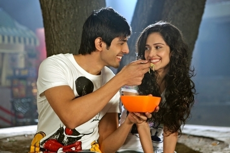Akaash Vani • Movie Reviews • BollyWoodle | Bollywoodle Movie Reviews | Scoop.it