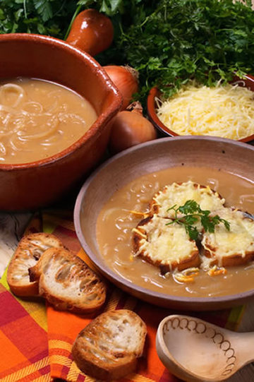 Classic French Onion Soup Recipe | Amazing Soup Recipes | Cooking | Scoop.it