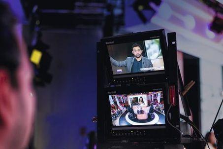 D8 décolle, Canal+ rit jaune | DocPresseESJ | Scoop.it