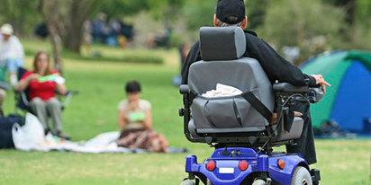 Fauteuils roulants électriques: une assurance multirisques habitation suffit   Handicap Infos   Handicap, Mobilité et Vivre Ensemble   Scoop.it