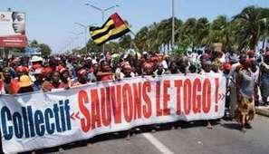 Togo : des femmes s'inspirent des Femen pour dénoncer le décès d ... - Jeune Afrique | Togo Actualités | Scoop.it