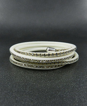 Maintenance of fashion jewelry Tips | Fashion Jewelry Wholesale | Scoop.it