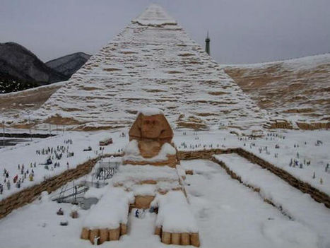 Snow Covered Pyramid And Sphinx   WeKnowMemes   marketing digital   Scoop.it