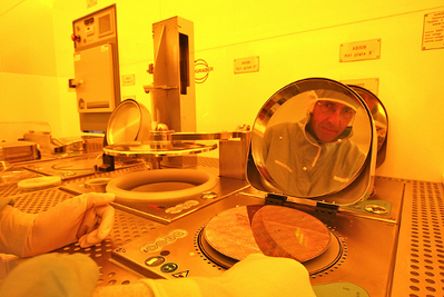 GlobalFoundries Gets $1.5B to Take Over IBM's Processor Business | Dedicated Server | Scoop.it