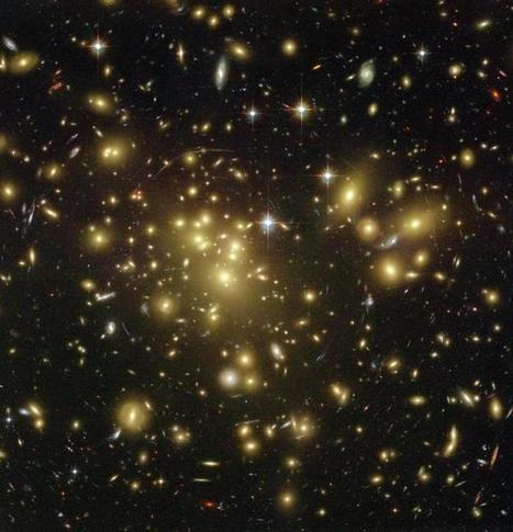Giant Galaxies Die From Within When They Stop Making Stars | Amazing Science | Scoop.it