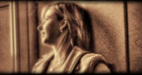 El blog de @nurialbap - Un Mar de Sonrisas: Un minuto de silencio por las PALABRAS   Laura   Scoop.it
