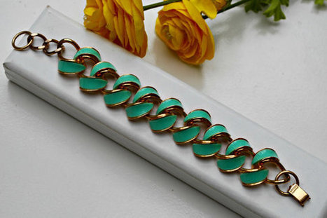 Vintage Pastel Green Enamel on gold tone metal link bracelet. | serendipity treasures | Scoop.it