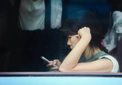 25% des Français fouillent le portable de leur conjoint - Elle | 694028 | Scoop.it