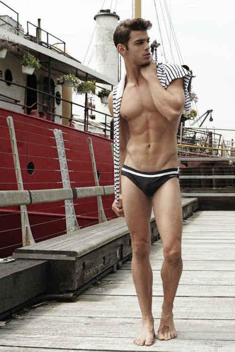 Scott Gardner Shirtless by Thomas Synnamon   FlexingLads   Scoop.it