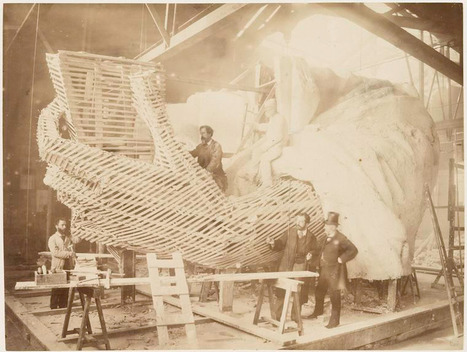 La construction de la Statue de la Liberté à Paris | NYPL | Looks -Pictures, Images, Visual Languages | Scoop.it