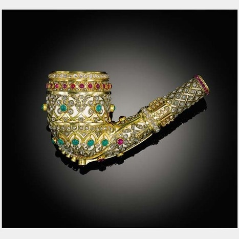 Gold and gem-set pipe made for the Ottoman market   Mirando más allá del occidente   Scoop.it