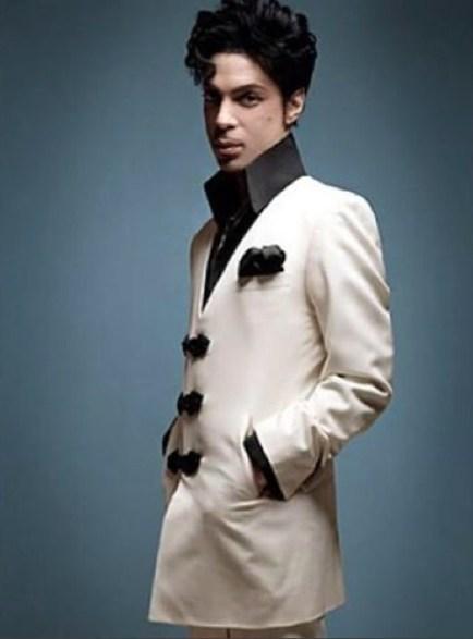 Prince de la mode : retour sur les tenues de scène de la star | Le blog mode de l'homme urbain | Scoop.it