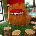 Puppet Theater made with recycled pallets | DIY pallet furniture | Upcycled Objects | Scoop.it