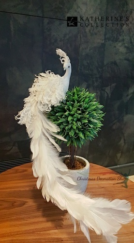 Katherine's Collection Christmas Tree Bird Clip   Buy Christmas Decorations   Christmas Table Displays   Scoop.it