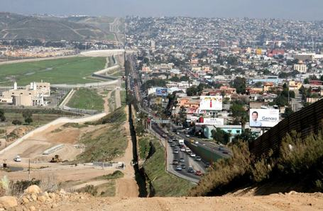 Astounding View Of The US-Mexican Border | Shock Wave | Scoop.it