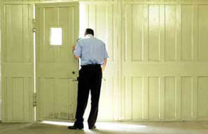Aversa: ancora un suicidio tra i poliziotti penitenziari | CERCHIOBLU | Scoop.it