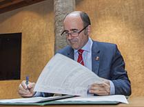 Gobierno, Mancomunidad y 18 ayuntamientos firman el convenio del Plan de Movilidad Urbana Sostenible de la Comarca de Pamplona | Ordenación del Territorio | Scoop.it