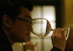 Wine 'Sherlock Holmes' testifies against accused fraudster - New York Daily News | Quirky wine & spirit articles from VINGLISH | Scoop.it