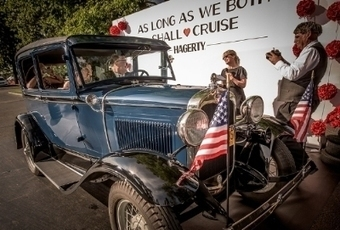 150 Couples Renew Wedding Vows in Classic Cars - The Auto Channel (blog) | Wedding ceremonies | Scoop.it