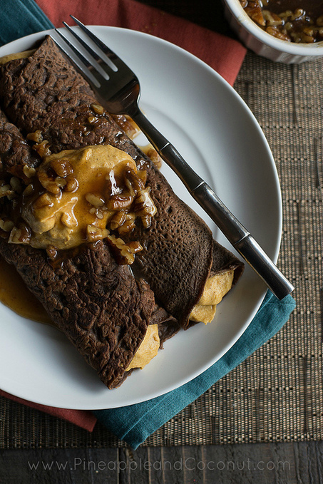 Chocolate Crepes with Spiced Pumpkin Butter Filling and Maple Pecan Syrup #holidayfoodparty - Pineapple and Coconut   Halloween Treats #HolidayFoodParty   Scoop.it