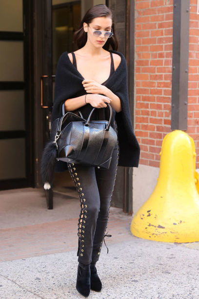 Bella Hadid Street Style: Hot n Chic! » Celebrity Fashion, Outfit Trends And Beauty News | Celebrities | Scoop.it