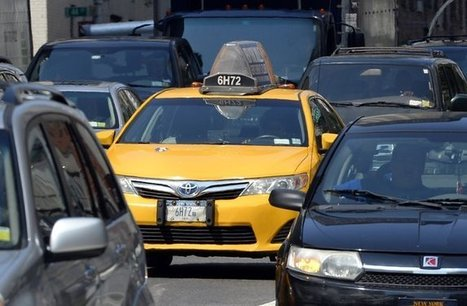 New York City Council Explores the Woes of Hailing a Taxi - New York Times | Peer2Politics | Scoop.it
