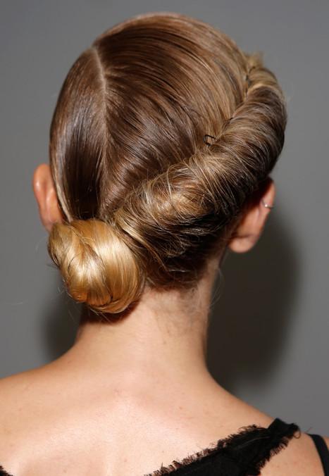9 knappe hairdo's voor de feestdagen - Glamour Nederland | Kapsels voor vrouwen | Scoop.it