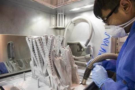 Airbus Starts 3D Printing Airplane Cabin Partition That Mimics Cells and Bones' Structure | industrial Design | Scoop.it