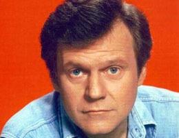 Cliff Barnes dans le remake de Dallas ! | Le Journal de la Télé - Nostalgie | Scoop.it