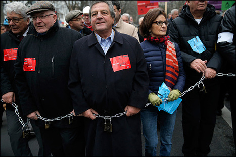 Move over unions - French bosses protesting, too - KOMO News | corp camp | Scoop.it