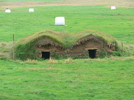 Sod house - Wikipedia, the free encyclopedia | Eco-friendly roofs:  green, white, and garden | Scoop.it