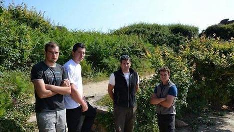 Ils veillent sur le sentier et les landes du littoral | L'environnement en Bretagne | Scoop.it