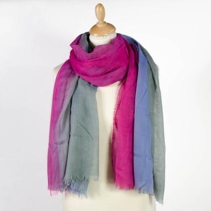 Foulard fantaisie dégradé fuchsia, gris et bleu   Accessoires de mode femme   Scoop.it