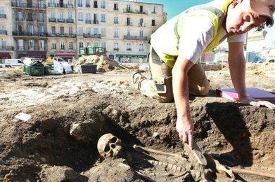 Bordeaux (33) : le bureau Hadès découvre une vingtaine de sépultures à Saint-Michel | HADES - Archéologie | Scoop.it