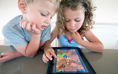 Toddlers becoming so addicted to iPads they require therapy - Telegraph | Radio Show Contents | Scoop.it