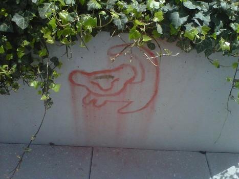 still the best graffiti i've seen so far... - Imgur | Gangs of East L.A | Scoop.it
