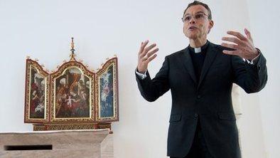 Vatican suspends 'bishop of bling' | World Peace | Scoop.it