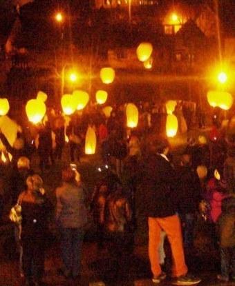 Des lampions thaïlandais pour célébrer la Sainte-Lucie | Noël | Scoop.it