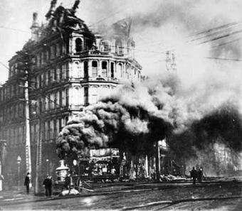 Doyleockian: Sherlock - up in flames   Up in Flames #SherlockHolmes   Scoop.it