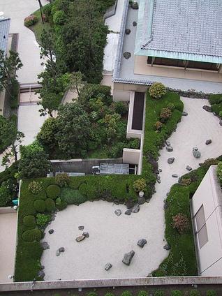 Rooftop Zen Garden. Visit www.jollylane.com/greenhouse to learn more about our Rapid City greenhouse. - Great Gardening   Zen Gardens   Scoop.it