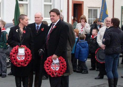 Outrage as British National Party wreaths removed from cenotaph | The Indigenous Uprising of the British Isles | Scoop.it